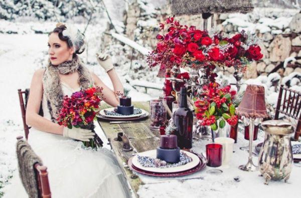Winter Wedding Table Decor Ideas 56